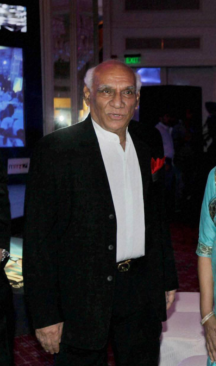 biography of the yash raj chopra Labeled the eternal romantic and with one of the best musical senses in the business, yash chopra is arguably india's most successful director of romantic fi.