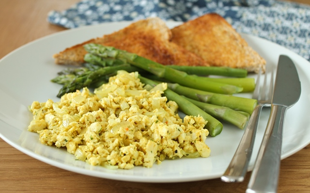 Tofu scramble, steamed asparagus and wholemeal toast.