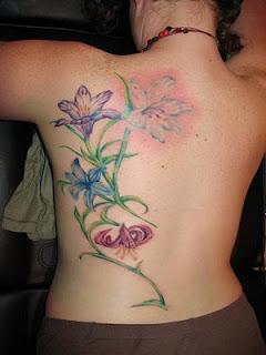Fotos e imagens de Tatuagens nas Costas
