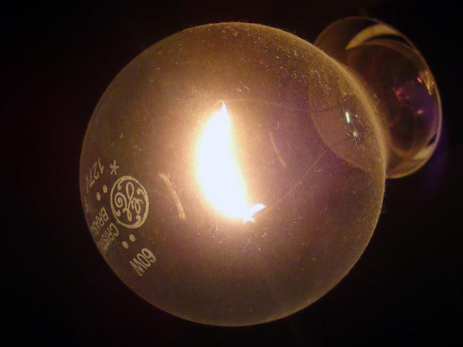 Obrigado Thomas Edison! O que seria de nós sem elas?