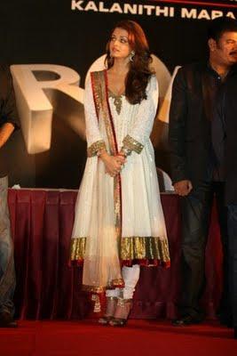Aishwarya Rai in salwar kameez in promotion of Robot