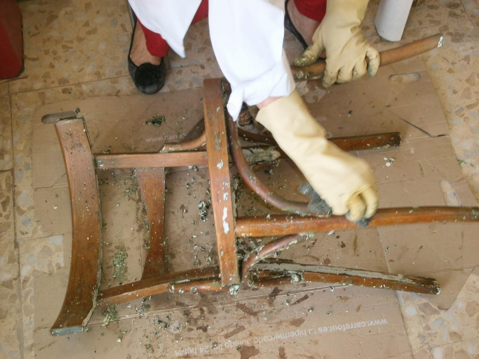 Tiempo de hacer proceso de decapado en madera - Decapado sobre madera ...
