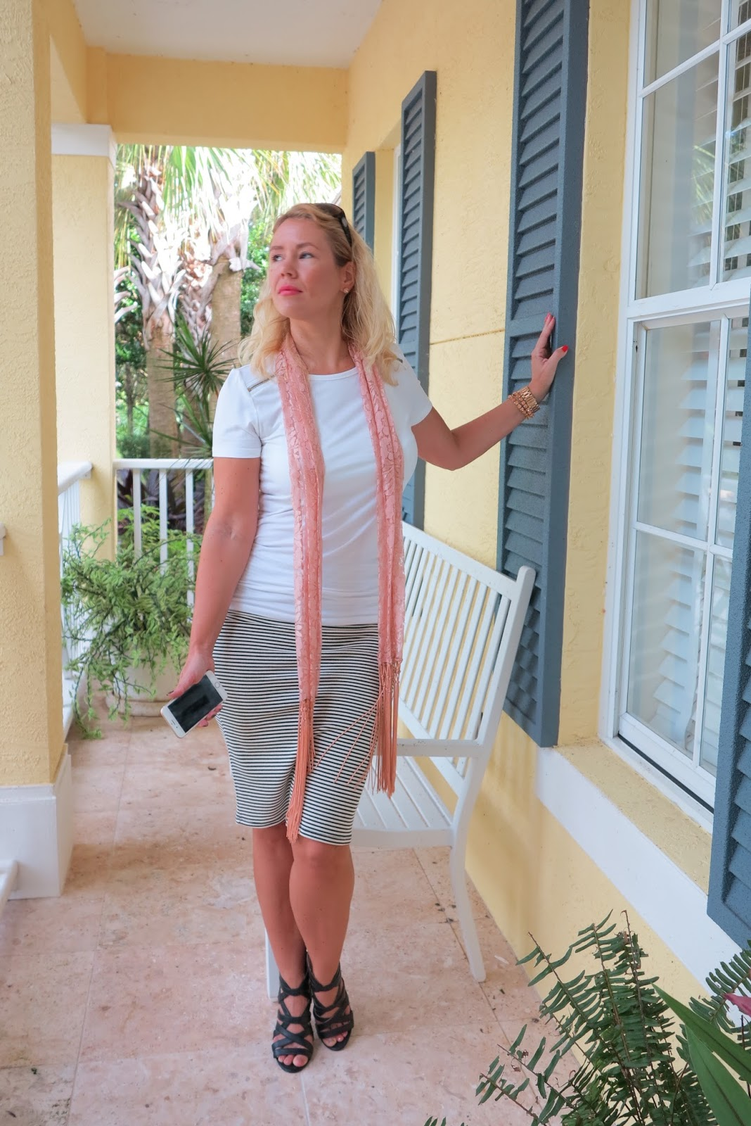 FASHION OVER 40 CAN YOU WEAR A PENCIL SKIRT CASUALLY