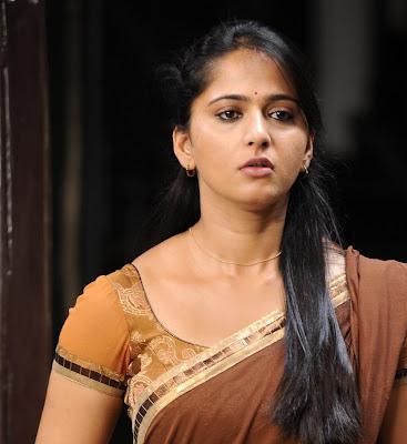 anushka half saree hot photoshoot