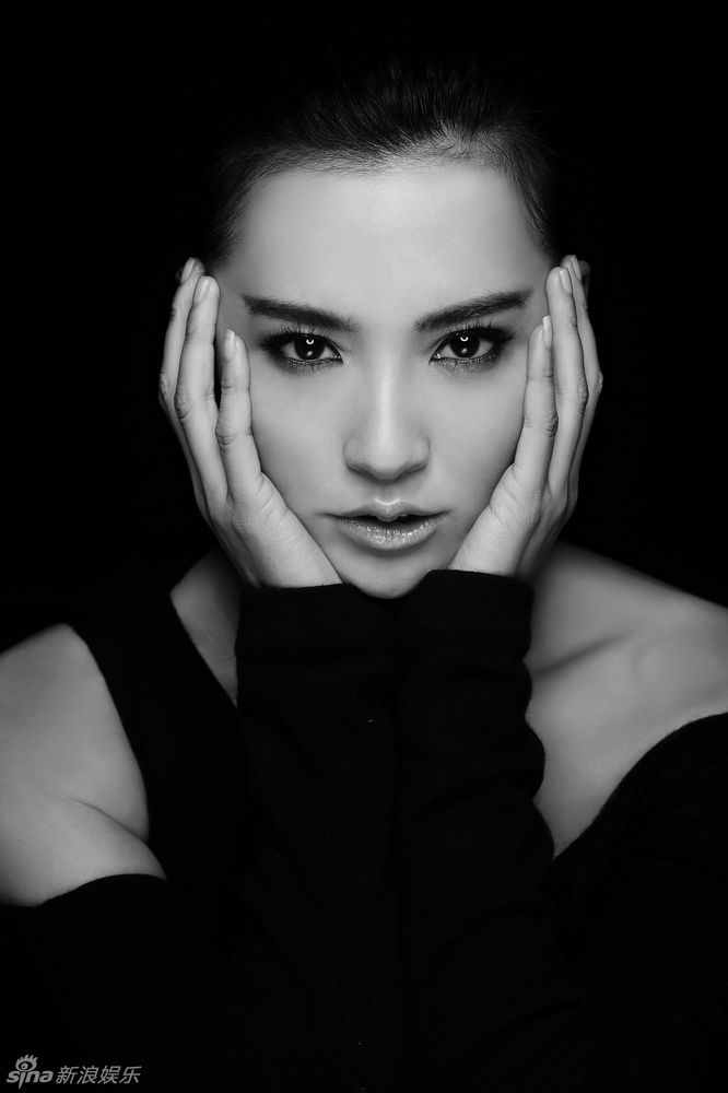 Monica Mok - Images Colection