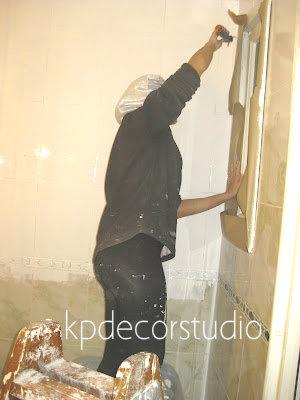 como pintar azulejos baño o cocina. pintura blanca para azulejos