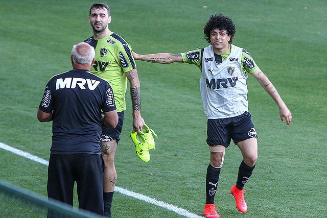 Luan e Lucas Pratto devem voltar à equipe diante do Grêmio (foto: Bruno Cantini/Atlético-MG)