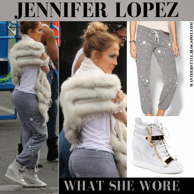 WHAT SHE WORE: Jennife... Victoria Beckham Shoes