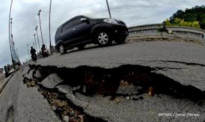 Foto Gempa Aceh 11 April 2012 Hari ini