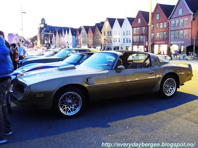 Mini car show Bergen