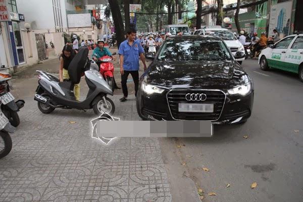 Chiếc xe  mới của Quang Hà.