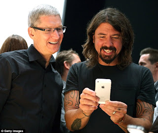 iphone and celebrity