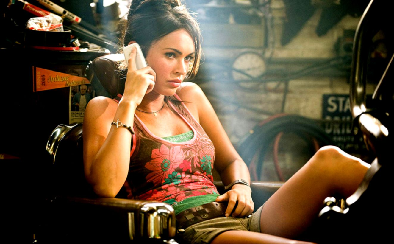Megan Fox Transformers 2 Hot