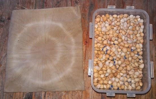 unkrautgourmet wildkr uter und wildpflanzen essen mirabellenkernkissen mit nat rlich. Black Bedroom Furniture Sets. Home Design Ideas