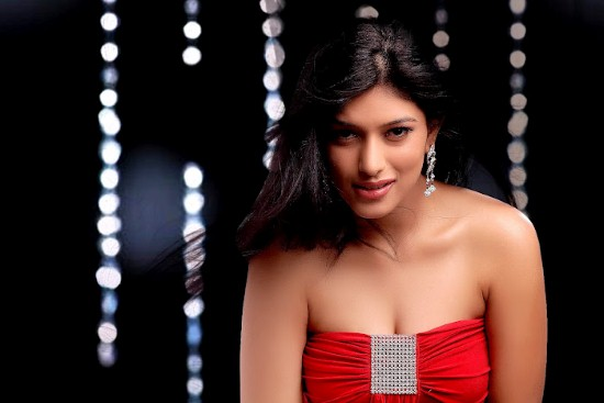 Divya Bhandari Hot Photo Shoot