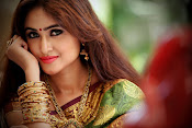 Sony Charista latest glam pics-thumbnail-11