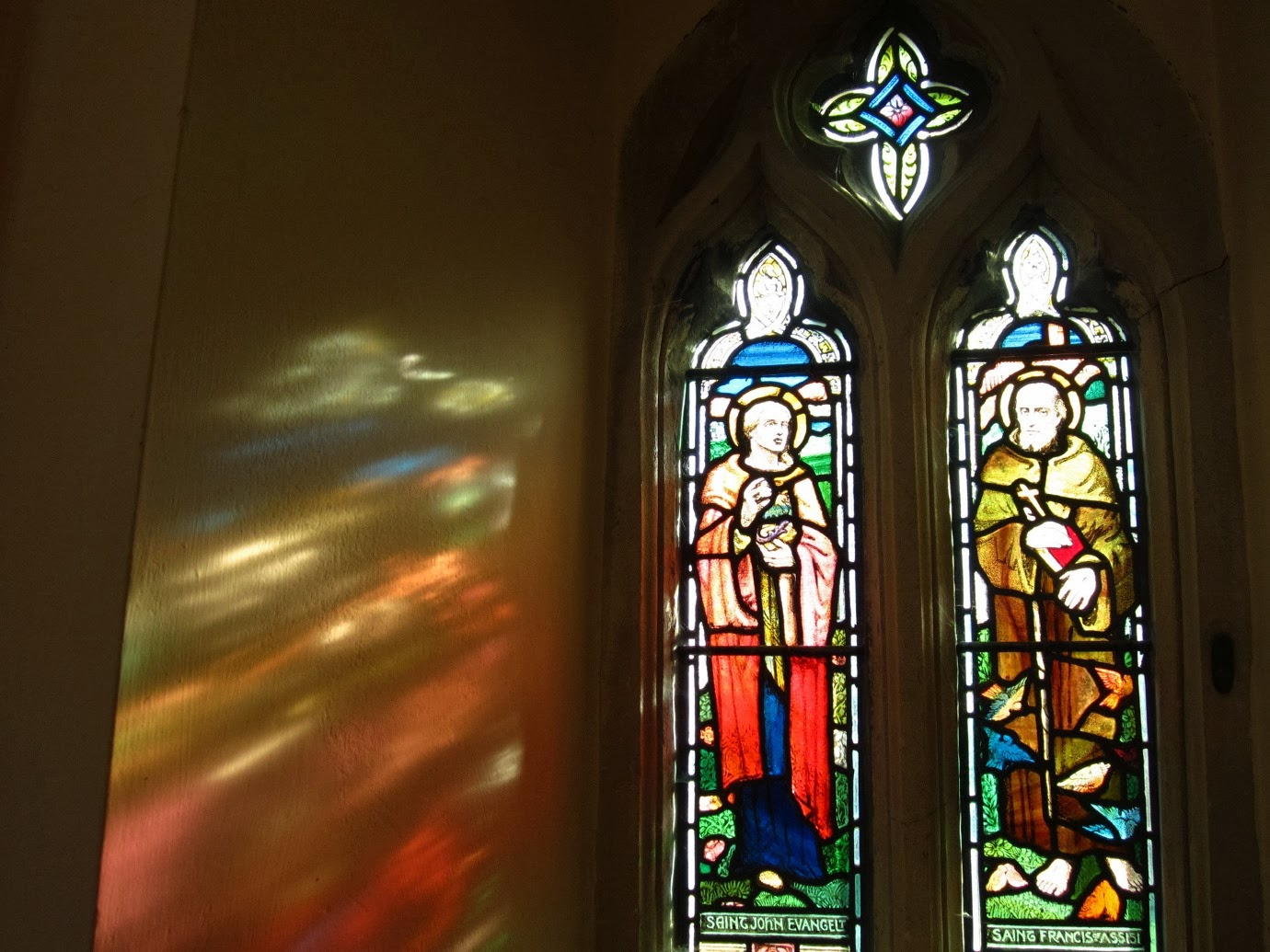 Franklin art glass studios inc clear cotswold glass 3 320 - And Glorious Stained Glass Light