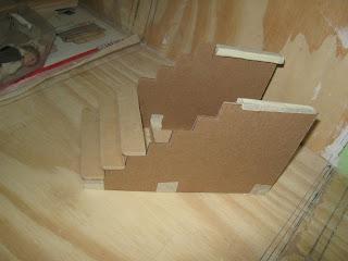 Como construir una escalera de madera beautiful madera escaleras escalera de cristal with como - Fabricar escalera de madera ...