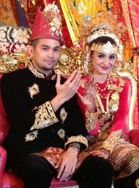 Teuku Wisnu – Shireen Sungkar (WISH)