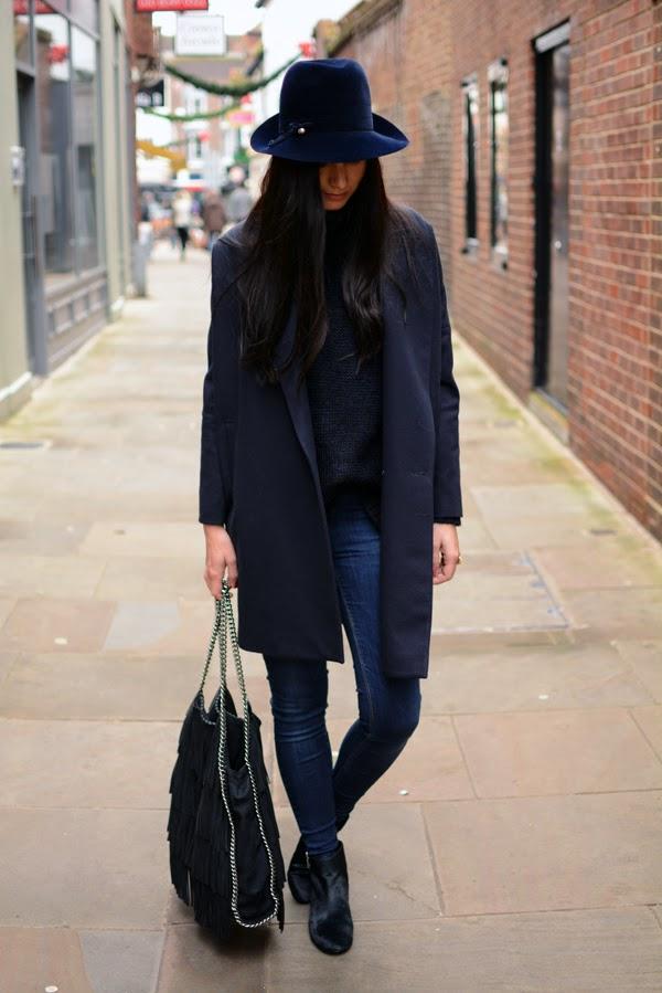 Blue_Outfit_LamourDeJuliette_WinterOutfit_Fashion_Blog_Modeblog_002