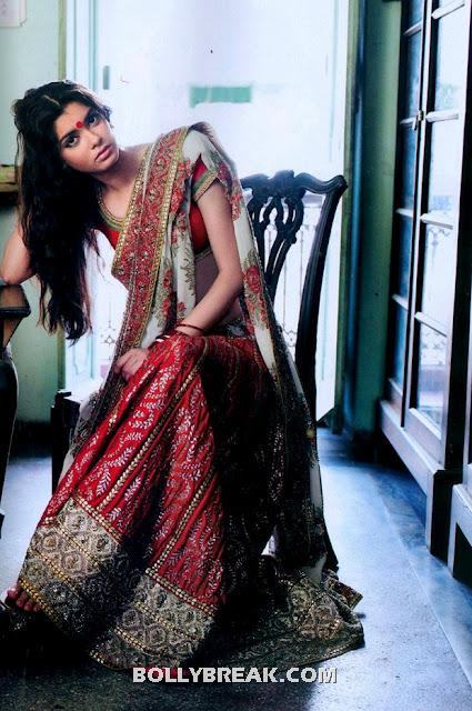 Diana penty in Bengali Saree - Diana penty in Traditional Bengali Saree from movie cocktail
