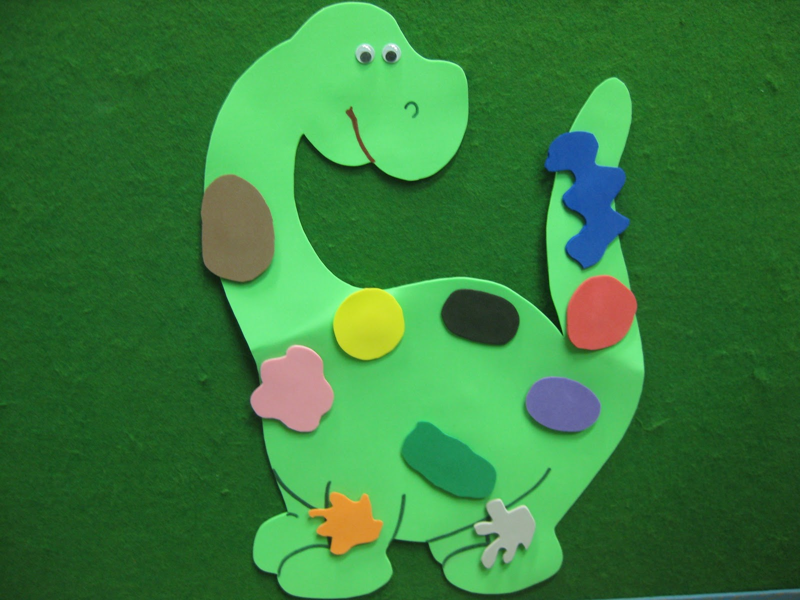 Dinosaurs crafts for Dinosaur crafts for preschool