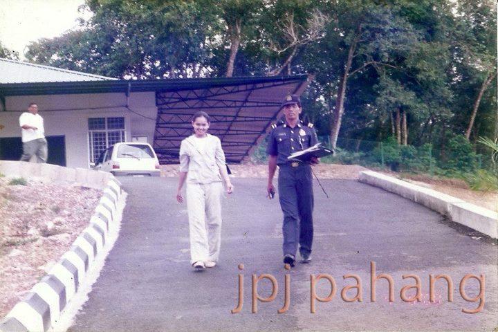 Gambar Siti Nurhaliza Ketika Ambil Lesen Memandu Dulu-Dulu