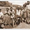 Η Φωτογραφία του Μήνα Σεπτέμβρη 2012: Κατασκευή πλίθρων στο  Βρονταμά 1954