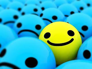 senyum membawa komunikasi lebih hidup