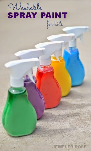 Washable Spray Paint for Kids - This is a great summer play recipe as an alternative to driveway chalk drawing. What a fun summer activity for kids of all ages!
