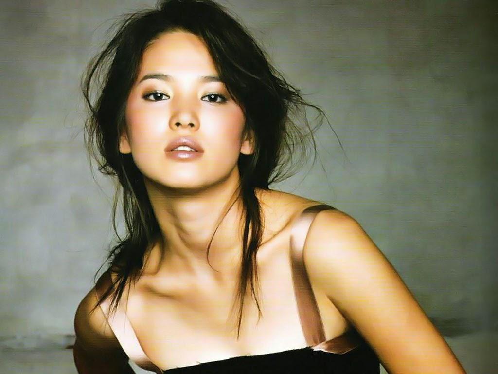 Song Hye-kyo photo 008