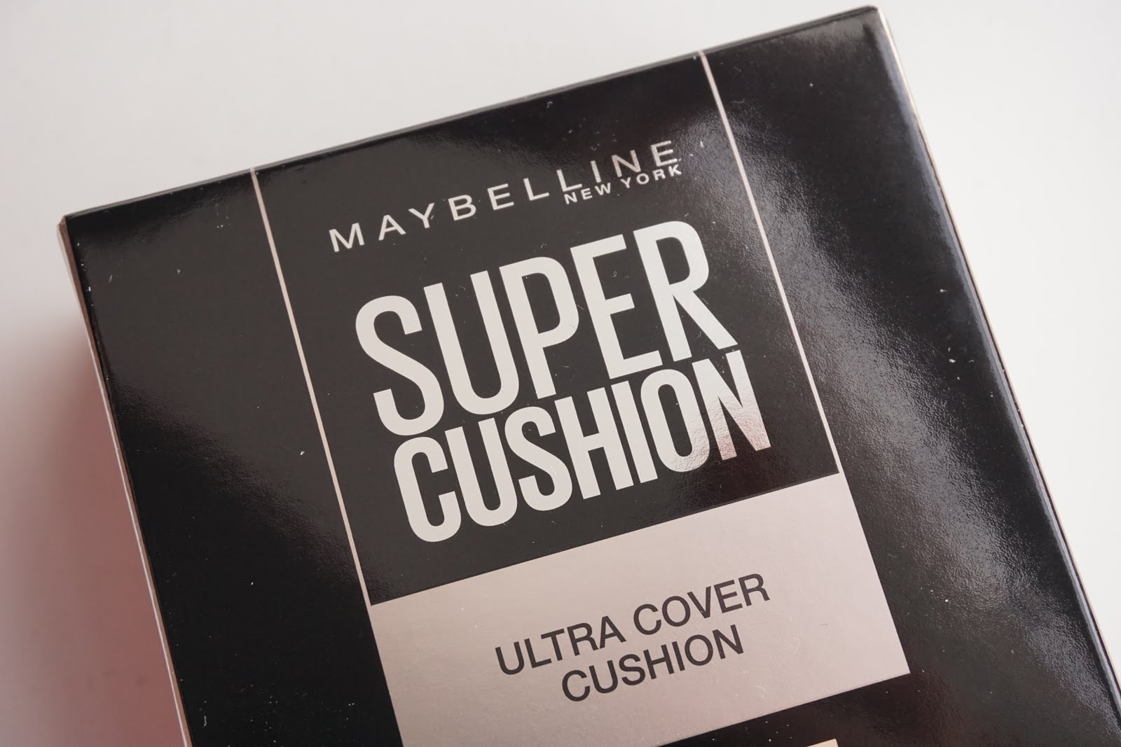Review Maybelline Super Cushion Ultra Cover Stevie Wong Bb Sand Beige They Send Me Two Shades From The Which Are Natural And Is Actually Quite Pale