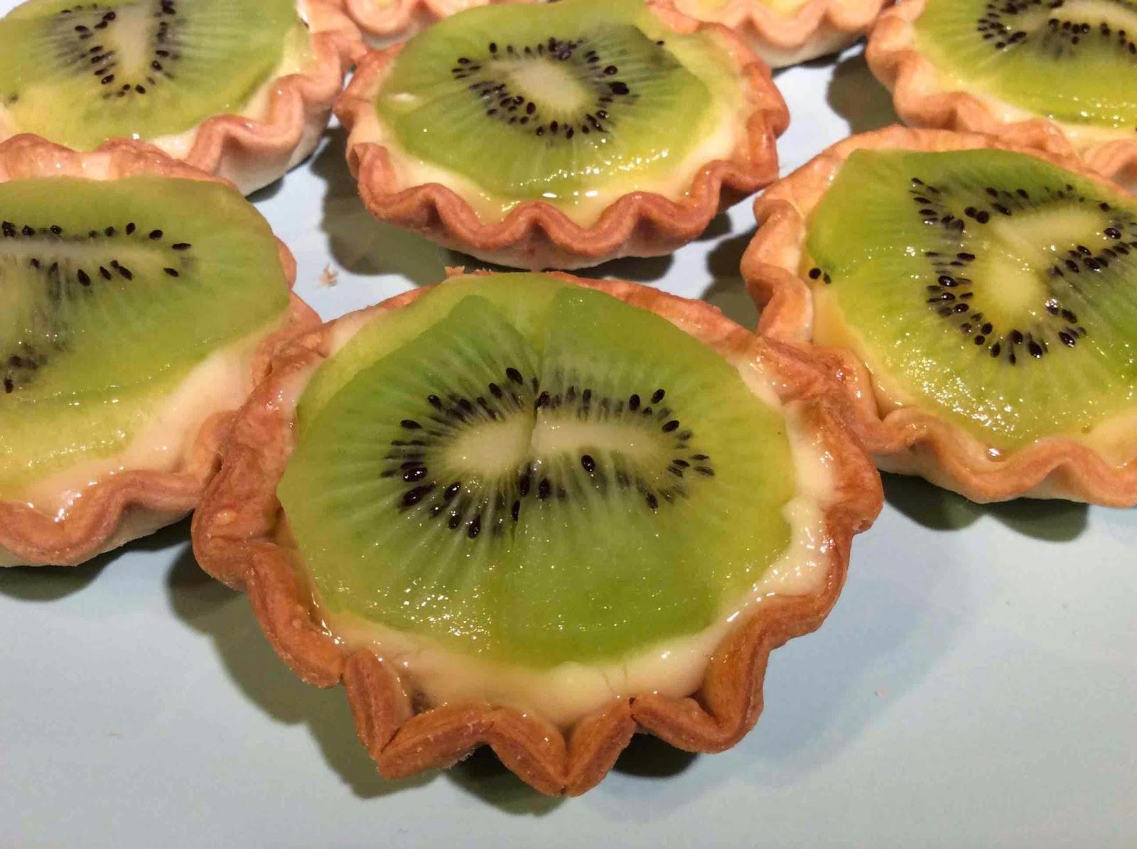 Sugerencia de presentación de las tartaletas de crema y kiwi