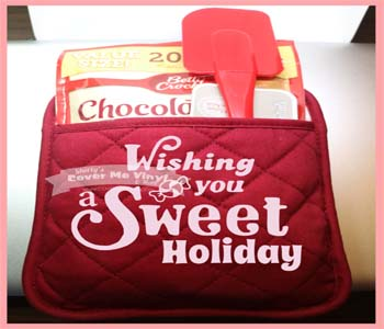 Sweet Holiday Oven Mitt Kit
