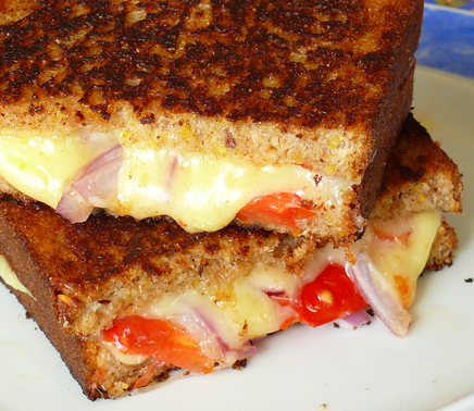 Grilled Cheese, Tomato and Onion Sandwich