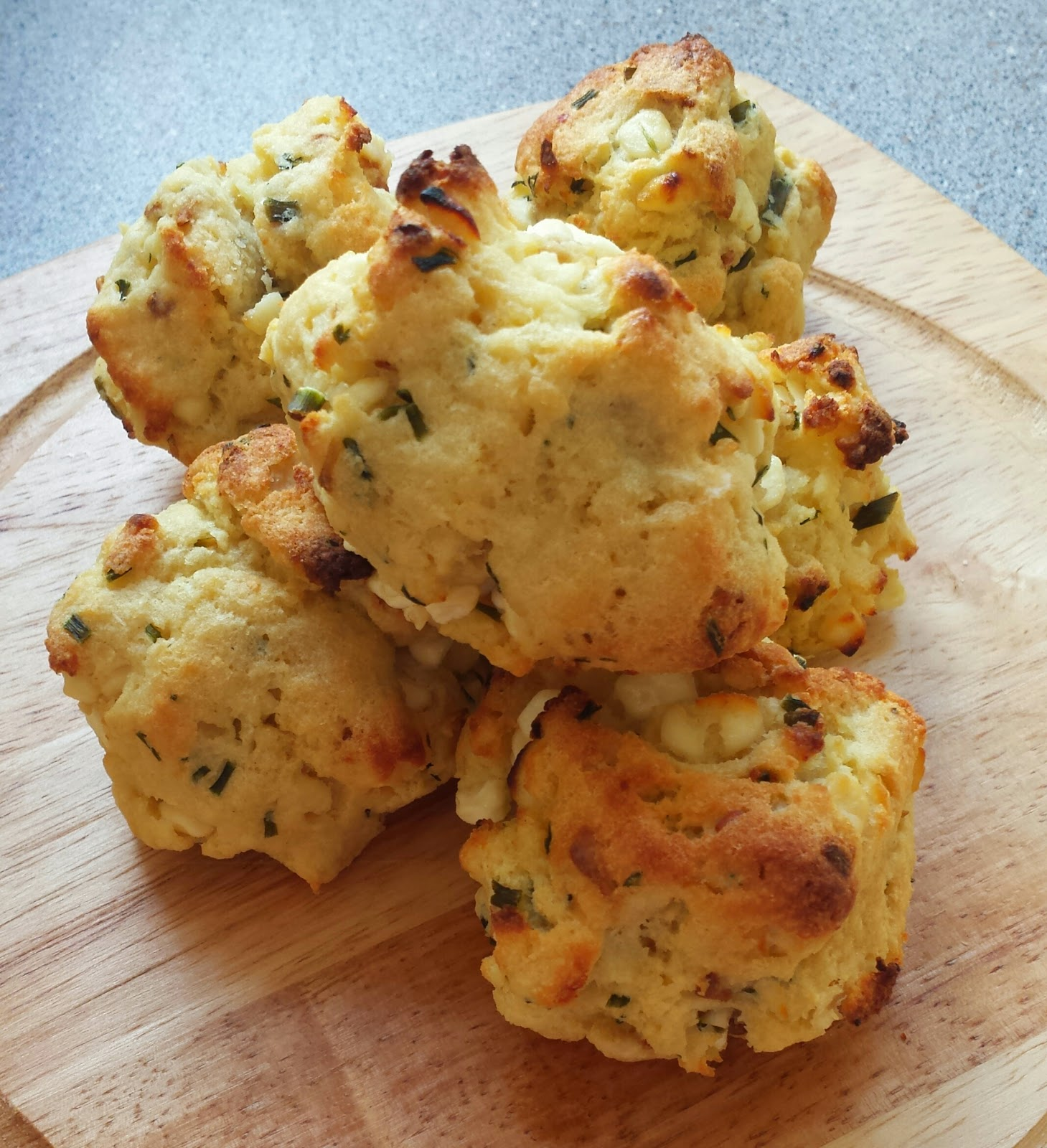 Cheese & chive potato scones | Recipe (Slimming World ...