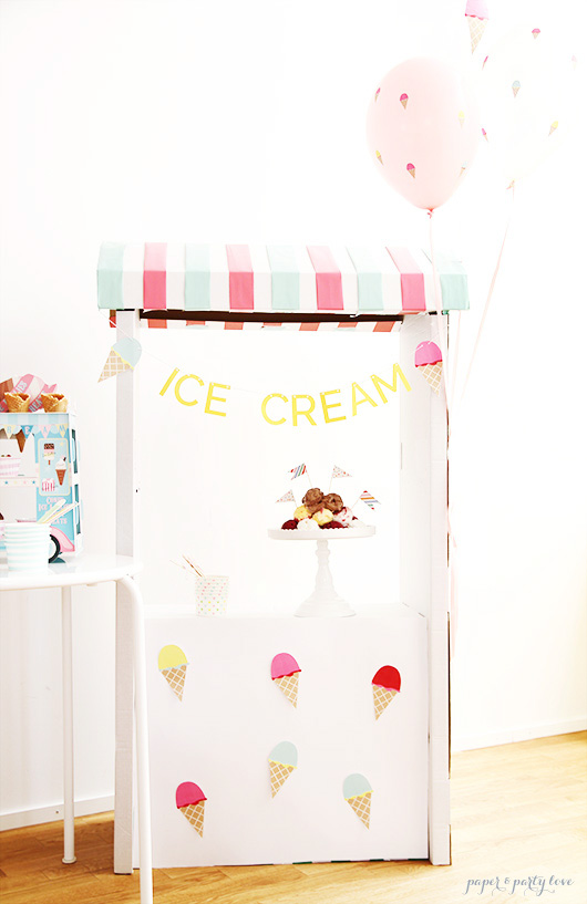 ice cream party stand
