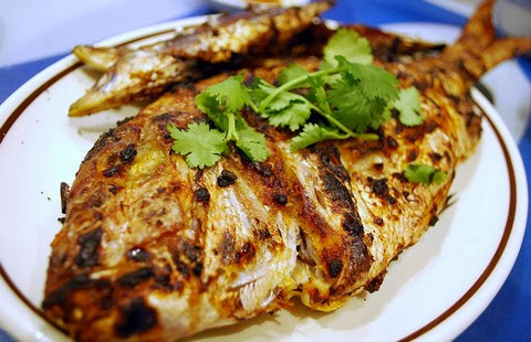 Grilled Red Snapper with Lemongrass and Garlic