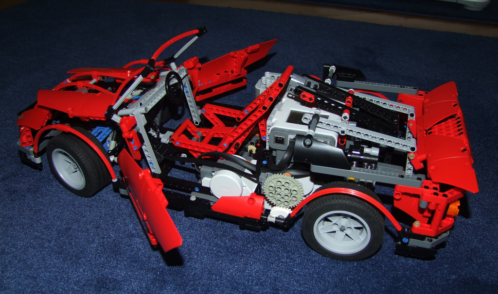 Lego-Technic-Supercar-Failure04.jpg