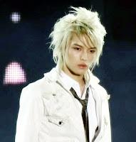 http://3.bp.blogspot.com/-4l2VORpcQOU/TgRAArWGk7I/AAAAAAAAAFI/5K4puLncH8o/s200/Jaejoong2.jpg