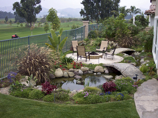 Simple Backyard Landscaping Ideas : Landscape Design Ideas , Landscaping Tips and HowTo Projects
