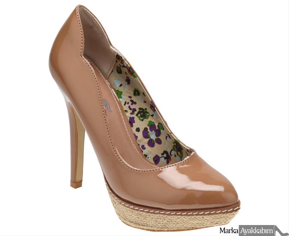 flo topuklu ayakkabı