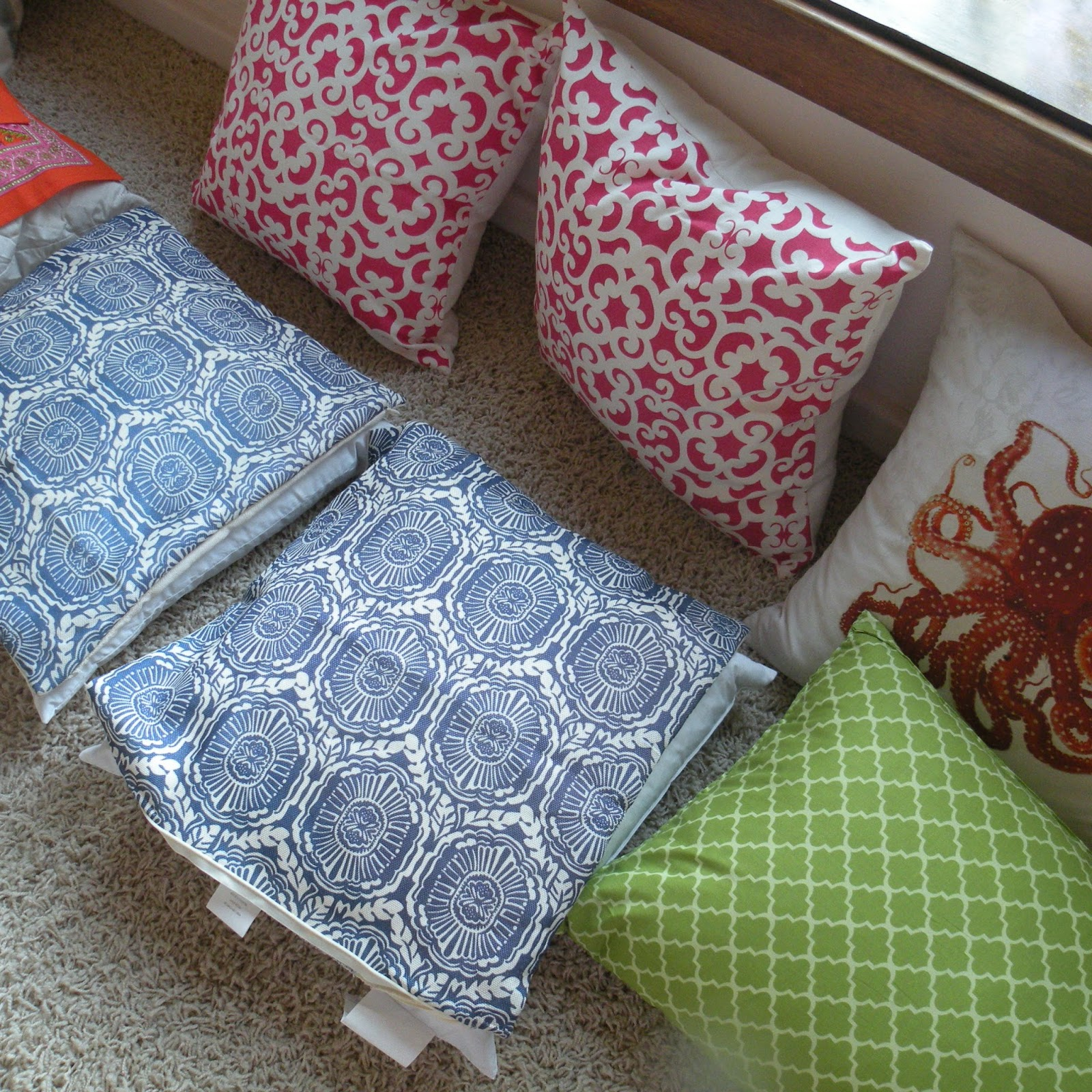 Decorative Pillows At Hobby Lobby : PURA VIDA: THE ART OF THE PATIO PILLOW
