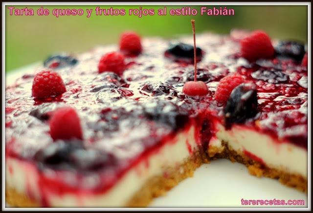 Tarta de queso y frutos rojos al estilo Fabián.