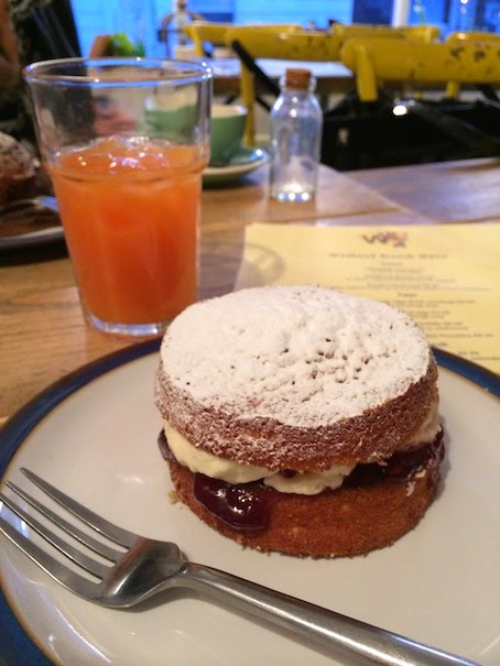 Wildflower Cafe Notting Hill - Victoria Sponge