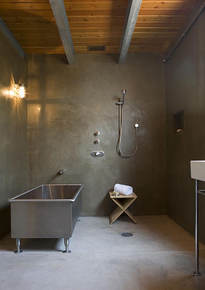 revestimiento  baños microcemento  y acero inoxidable-design