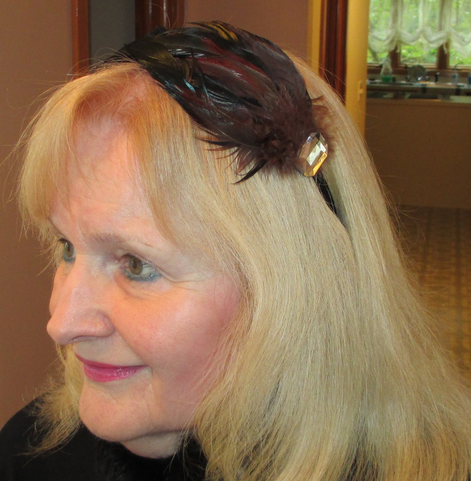 how to wear a headband across your forehead