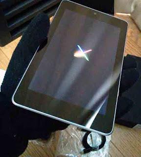 Nexus 7(2012) の電源を入れたところ