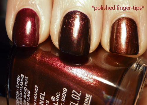 Chanel Malice, OPI Every Month Is Oktoberfest, OPI Germanicure - articifial light