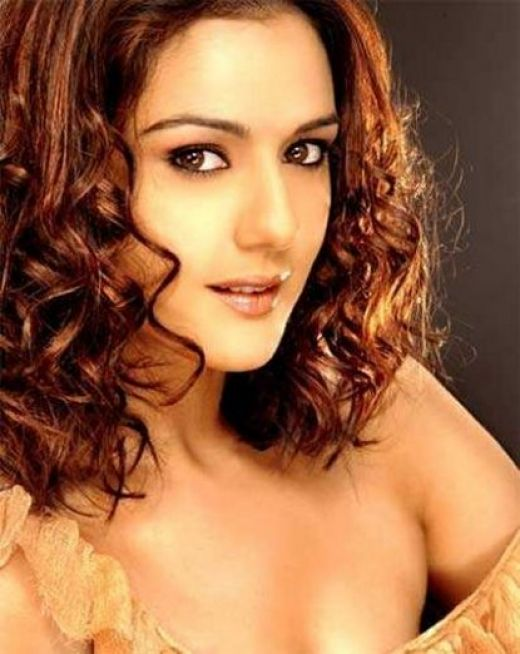 Shocking:Preity Zinta Topless Pics Exposed
